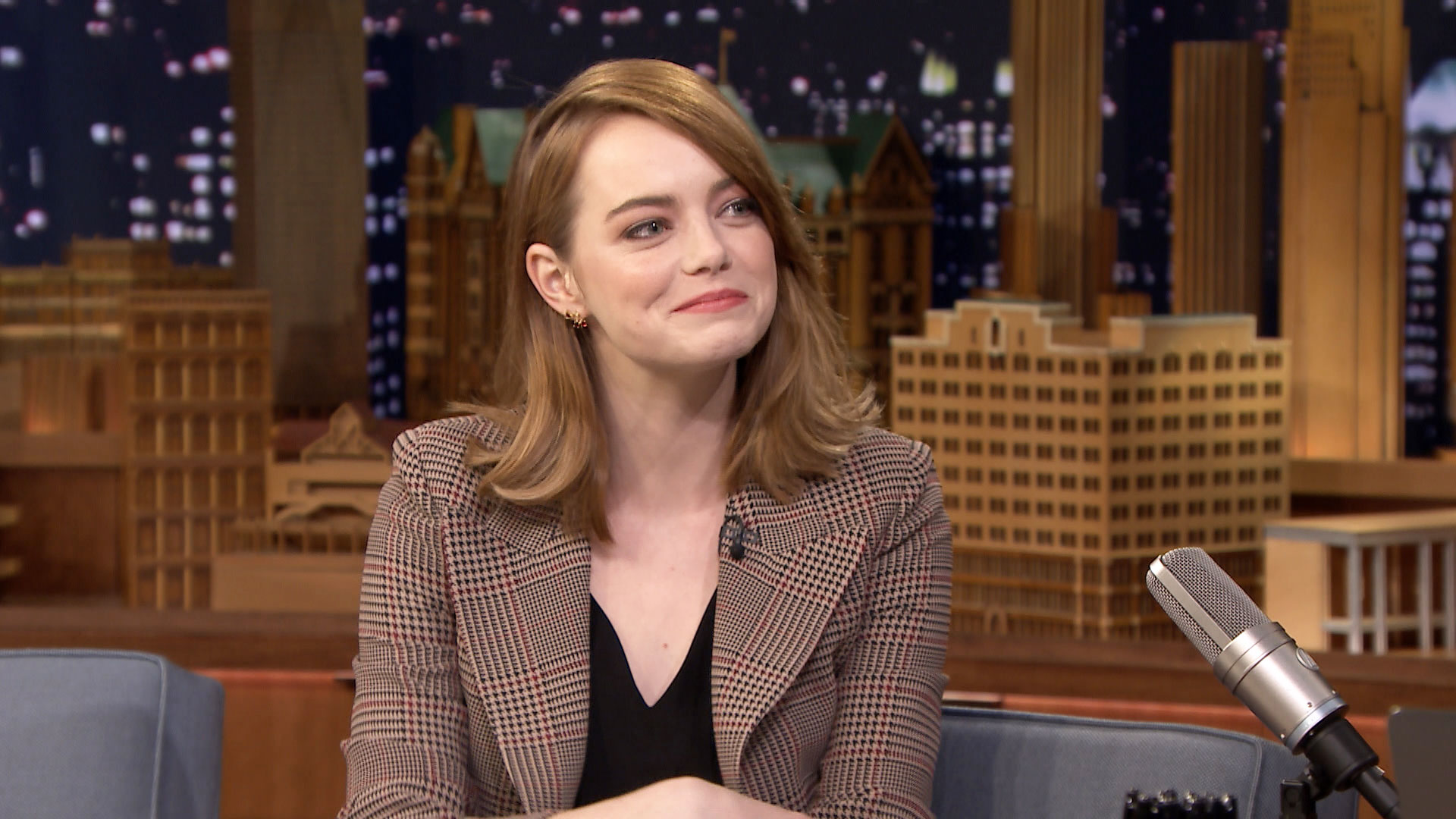 Emma Stone Played Tambourine for Prince with a Bloody Foot
