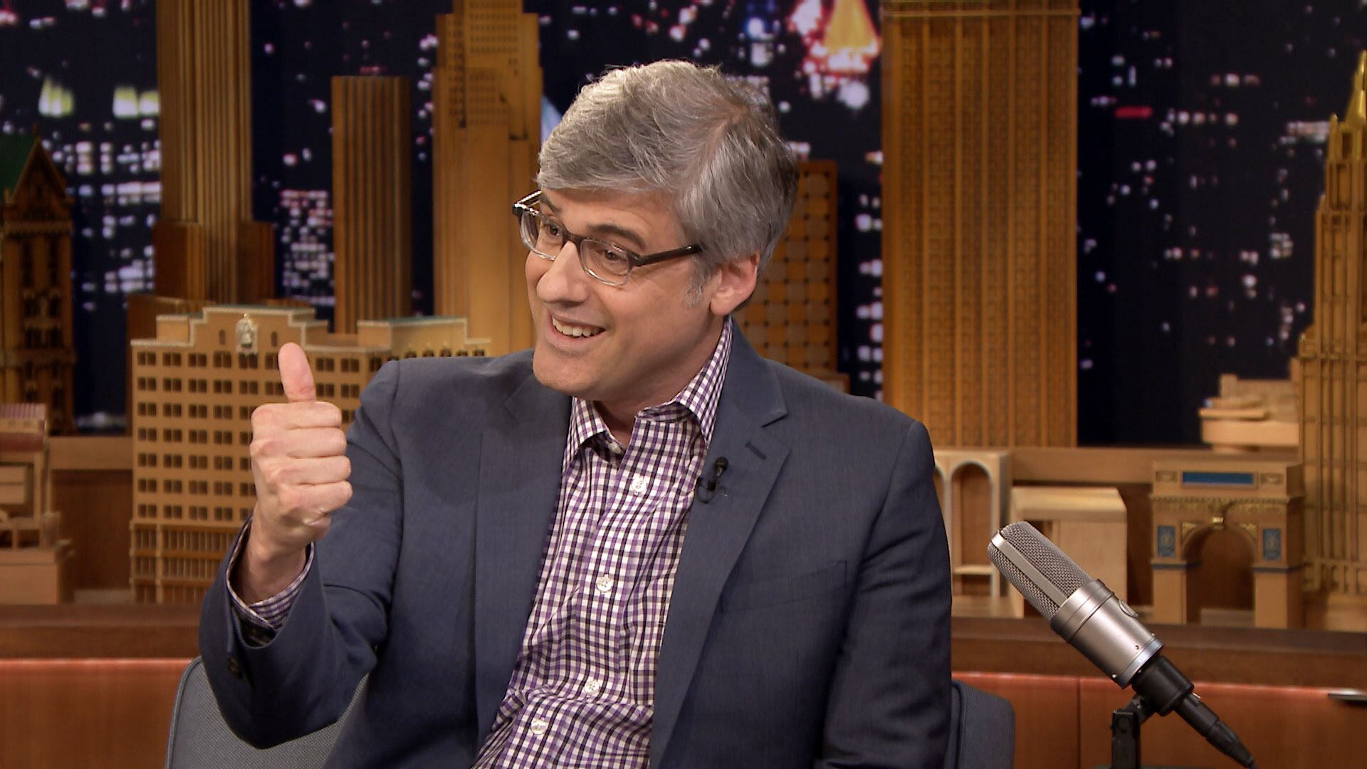 Mo Rocca Got a Thumbs Up from the Pope