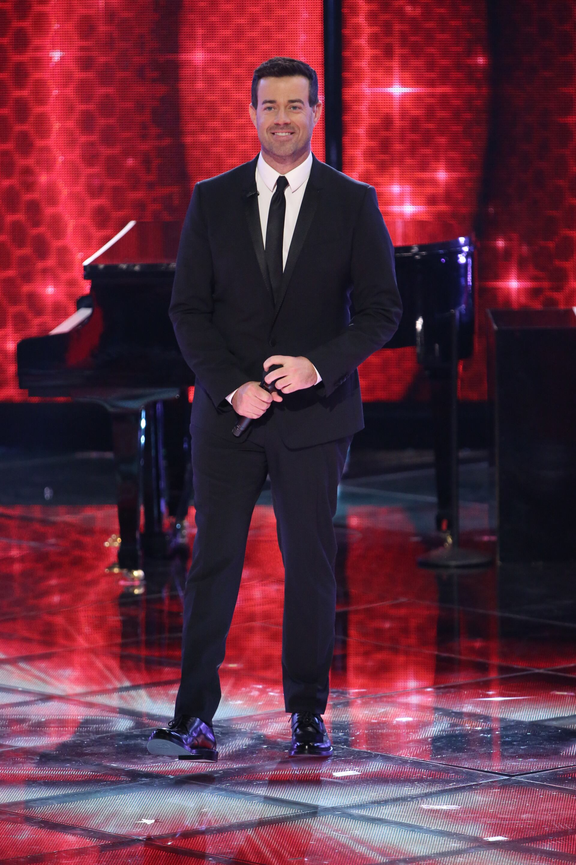 "THE VOICE -- ""Live Finale"" Episode 519B -- Pictured: Carson Daly -- (Photo by: Tyler Golden/NBC)"