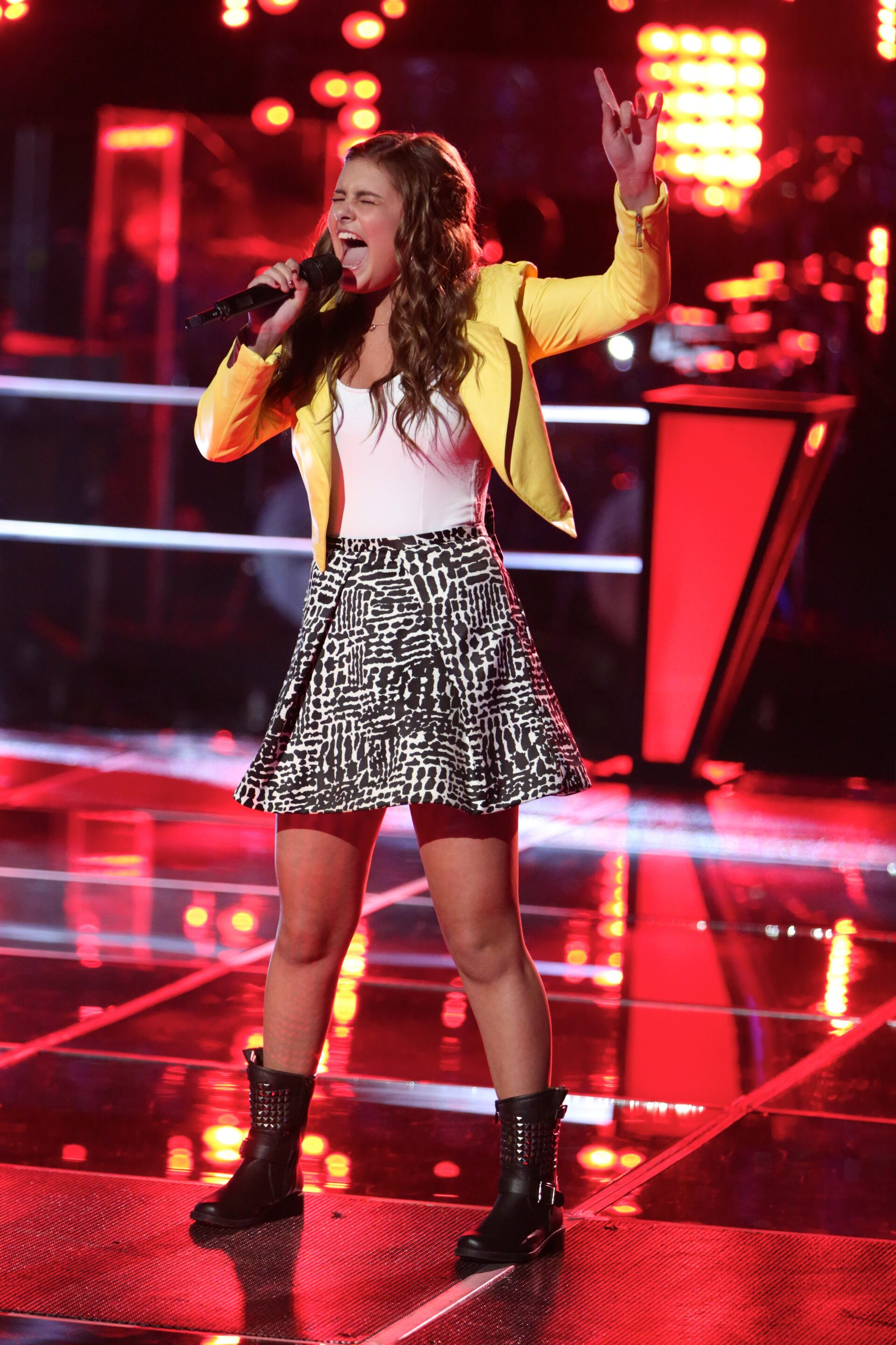 """Jacquie followed that up with a convincing knockout of Anthony Paul with a rousing take on Serena Ryder's """"Stompa."""""""