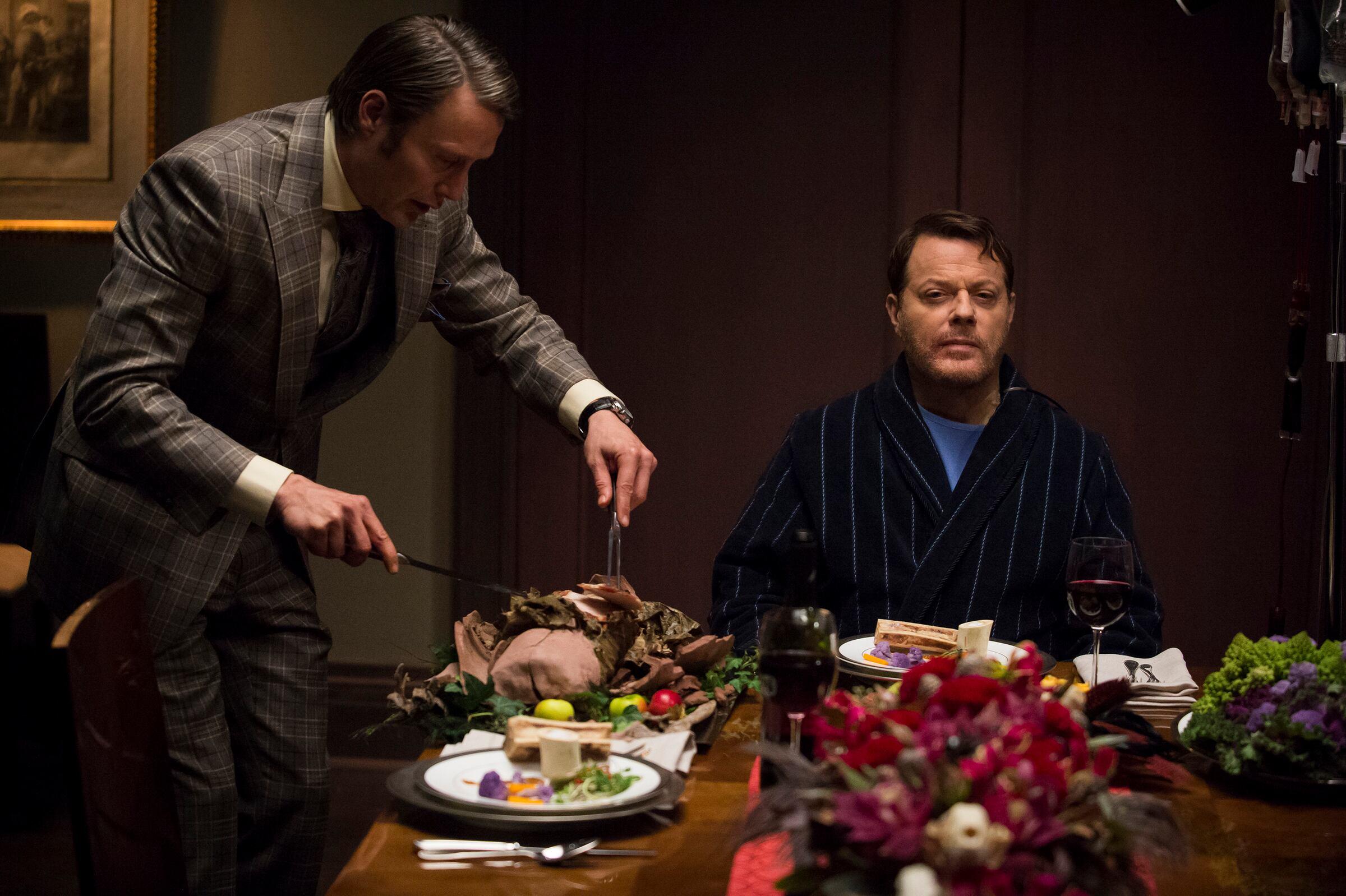 "HANNIBAL -- ""Futamono"" Episode 206 -- Pictured: (l-r) Mads Mikkelsen as Hannibal Lecter, Eddie Izzard as Dr. Abel Gideon -- (Photo by: Brooke Palmer/NBC)"