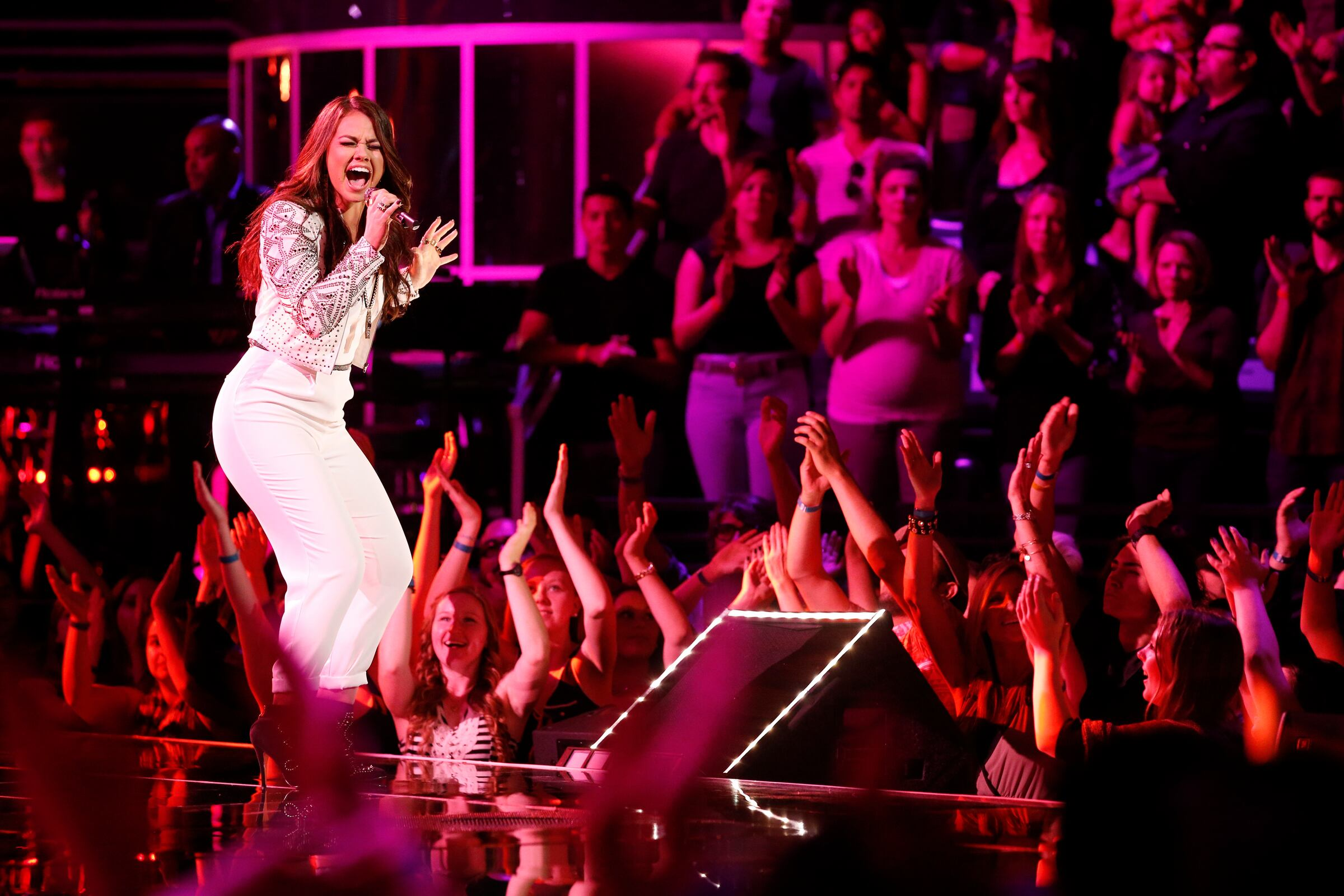 "THE VOICE -- ""Live Show"" -- Pictured: Tess Boyer -- (Photo by: Trae Patton/NBC)"