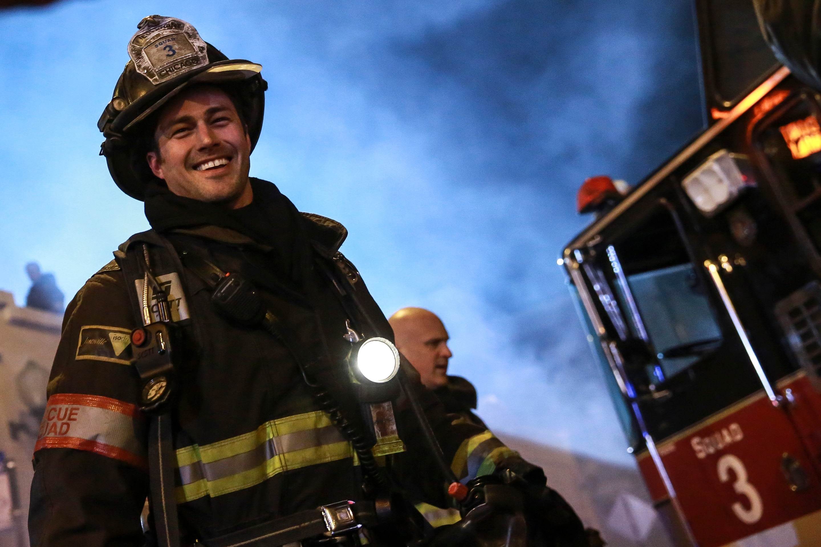 Chicago Fire: Behind t...