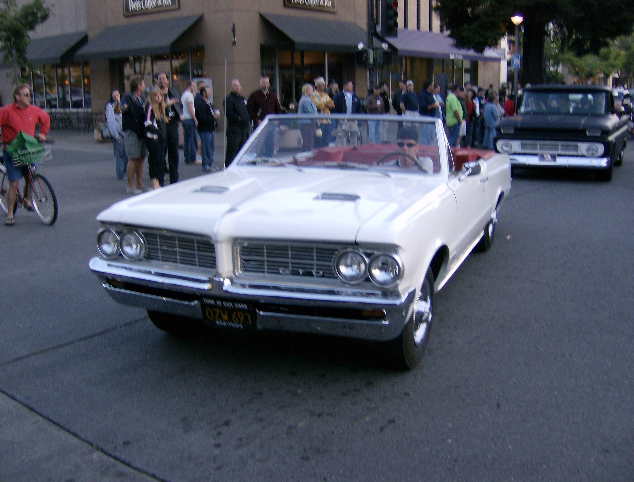 1964 - Pontiac, GTO