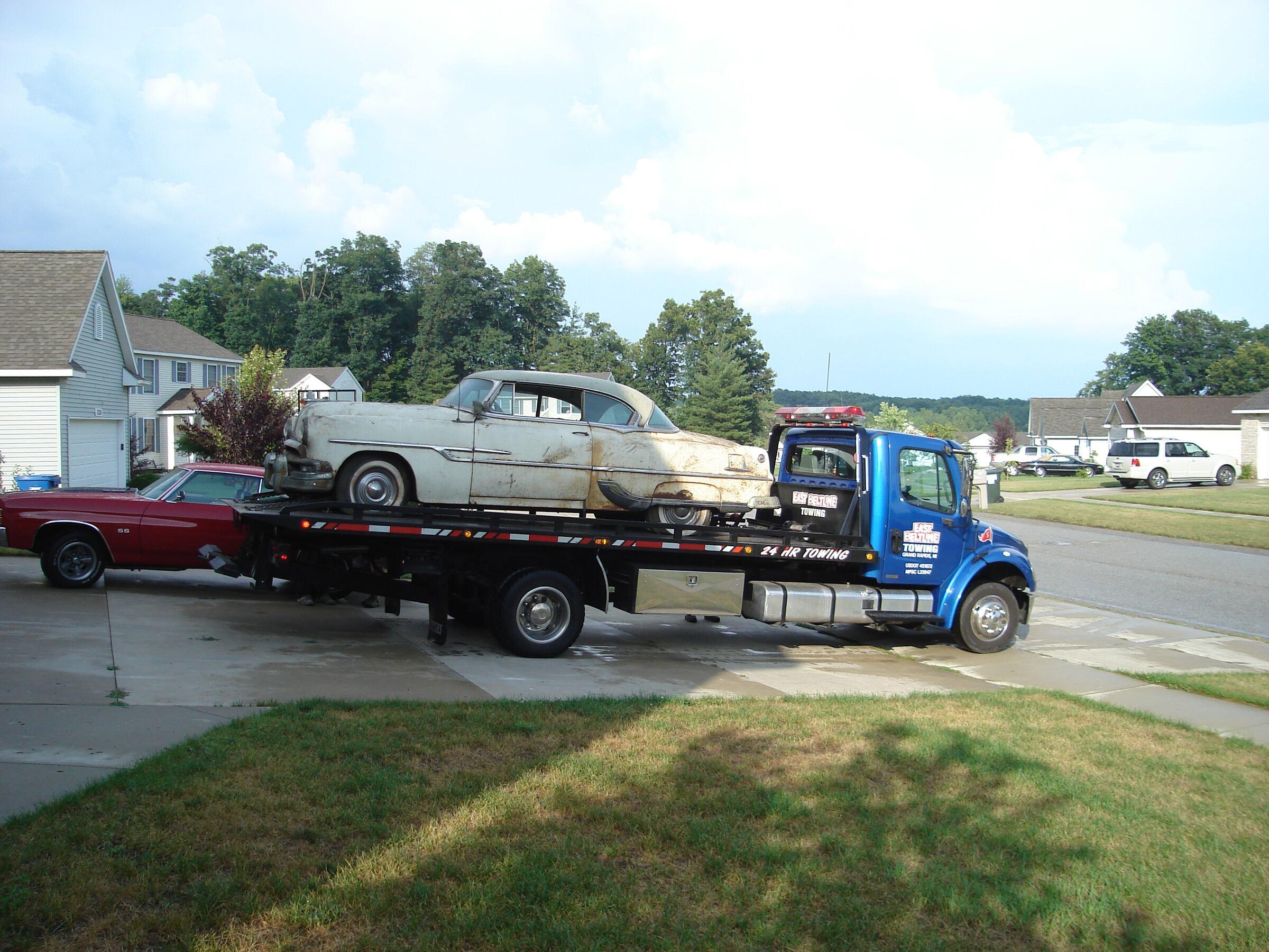 1953 - Pontiac, Cheiftan Deluxe
