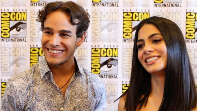 'Shadowhunters' At Comic-Con: Alberto Rosende & Emeraude Toubia On New Seelie Queen Sarah Hyland