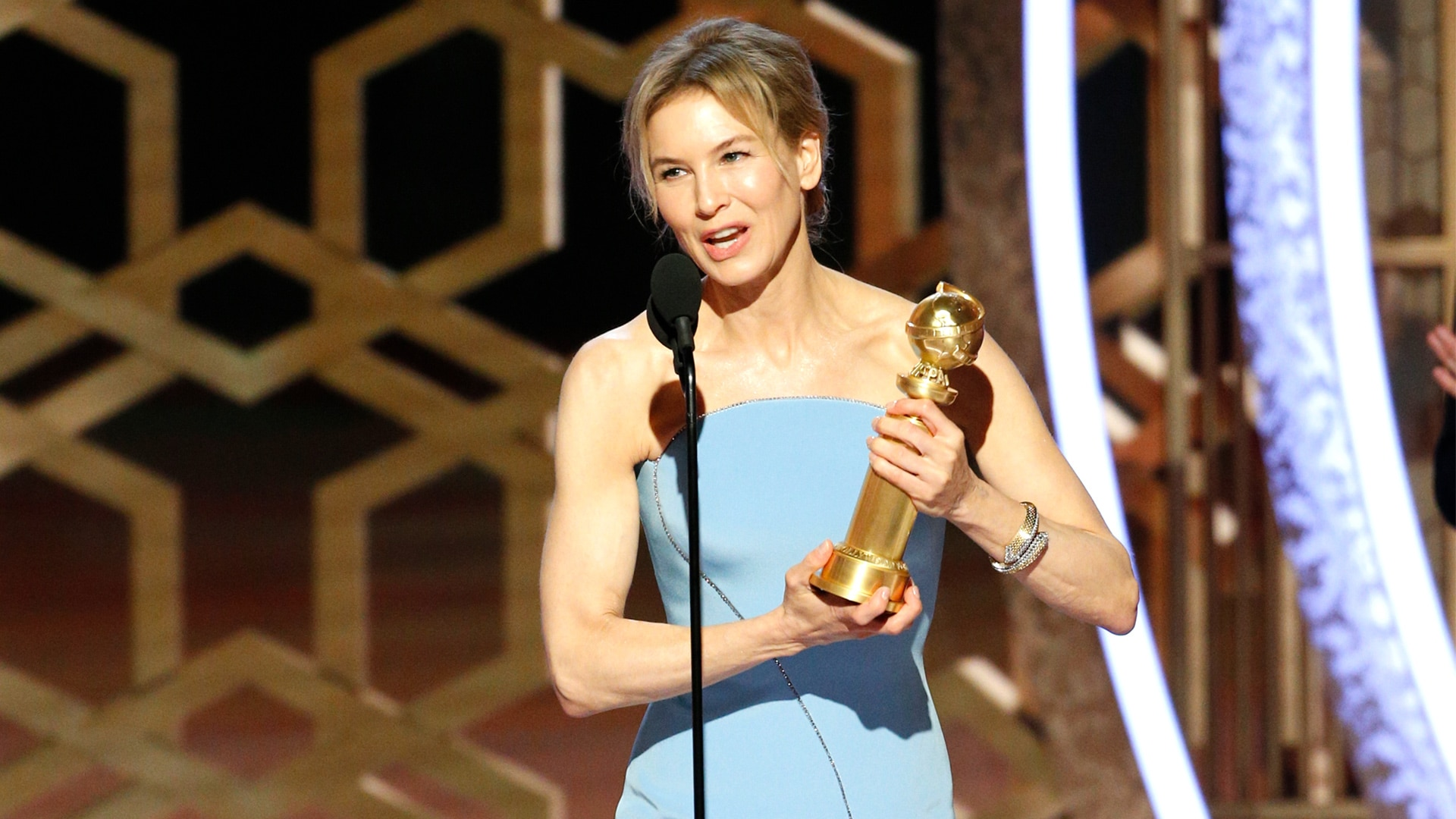 Watch The Golden Globe Awards Highlight: Renée Zellweger ...